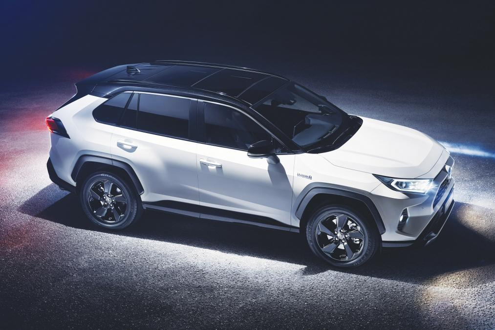 toyota rav uk prices specs  release date revealed  mobility car forum